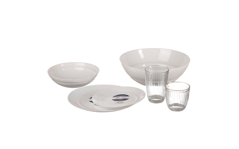 Set with 18 plates 12 cups and a bowl